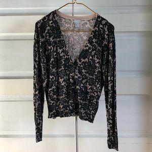 Soft button up cardigan w/ black floral lace print